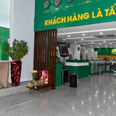 VĂN PHÒNG TẬP ĐOÀN MAI LINH:  Phòng học/Văn phòng by VAN NAM FURNITURE & INTERIOR DECORATION CO., LTD.,