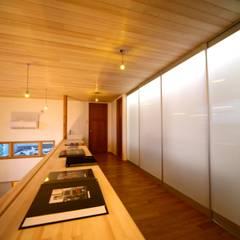 グリーンウォールの家 モダンデザインの 書斎 の 株式会社高野設計工房 モダン