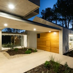 Single family home by Además Arquitectura, Minimalist Wood Wood effect