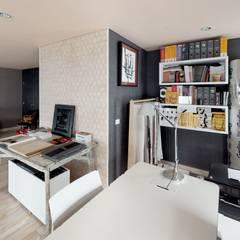Diseño y Dotación Oficina Estudio de Diseño: Estudios y despachos de estilo  por De Stefano Disegno