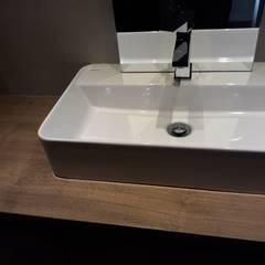 remodelaçao T3 Casas de banho modernas por Augusto&Alvaro Moderno