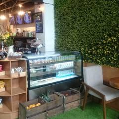 Cafetería Madre Tierra: Restaurantes de estilo  por Studio34 Arquitectura