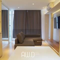 CBD PLUIT: Ruang Keluarga oleh AW.D (ariwibowo.design),