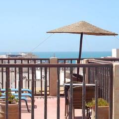 Balcón de estilo  por Badre edine Mokhlisse - homify