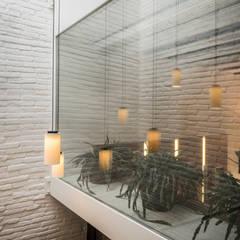 Balkon door Piedra Papel Tijera Interiorismo, Mediterraan