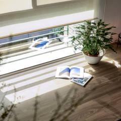 Study/office by 樸十設計有限公司 SIMPURE Design