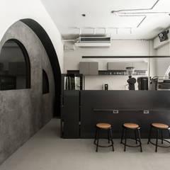 ANGLE II:  餐廳 by 初向設計