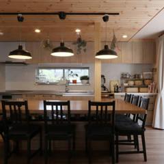 N House ラスティックデザインの ダイニング の 菅原浩太建築設計事務所 ラスティック 木 木目調
