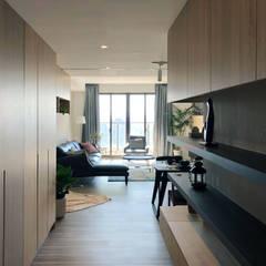 Corridor & hallway by 昕益有限公司, Tropical