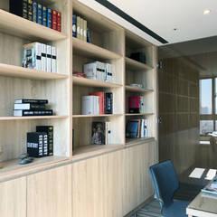 Study/office by 昕益有限公司,