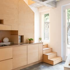 Stairs by Cristina Meschi Architetto,