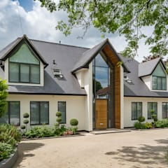 New Build Home in Hertfordshire:  Detached home by MB Masterbuilders Ltd., Modern