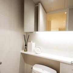 부산 홈스타일링 인테리어 - 집은 주인을 닮는다.: 로하디자인의  욕실,모던