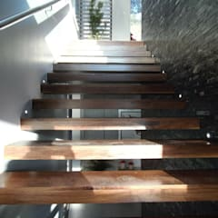 Stairs by Tucasainteligente.net