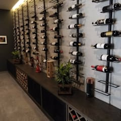 Wine cellar by Tucasainteligente.net,