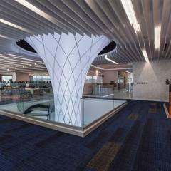 madera de ingeniería : Pisos de estilo  por Shabot Carpets