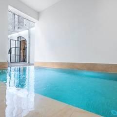 庭院泳池 by ESTUDI 353 ARQUITECTES SLPU