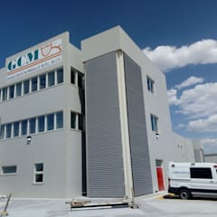 Rastro en Oriental Puebla : Edificios de Oficinas de estilo  por ARTE URBANO