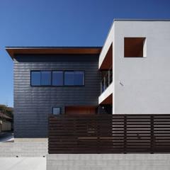 胡桃の家: 藤本建築設計事務所が手掛けた壁です。,