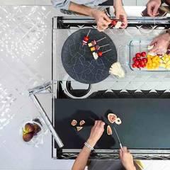 ステンレスキッチン | トーヨーキッチンスタイル : トーヨーキッチンスタイルが手掛けたシステムキッチンです。,モダン 鉄/鋼