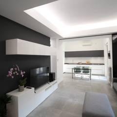 Appartamento SF - Progetto chiuso con Homify: Soggiorno in stile  di Giuseppe Rappa & Angelo M. Castiglione