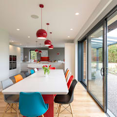 Eco-Tech Home in York:  Built-in kitchens by Townscape Architects
