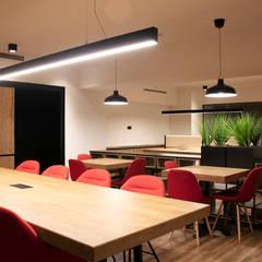 Degostudio Mimarlık – Zincirlikuyu Ortak Çalışma Ofisi:  tarz Ofis Alanları,