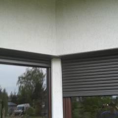 SPIN Bobko i Staniewski sp.j.が手掛けた雨戸, クラシック アルミニウム/亜鉛
