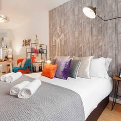 Small bedroom by Rafaela Fraga Brás Design de Interiores & Homestyling