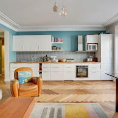 Built-in kitchens by Agence KP