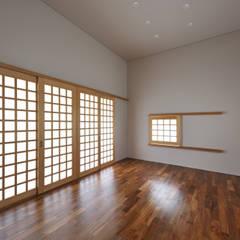 登野城の家: プラソ建築設計事務所が手掛けたホームジムです。,モダン