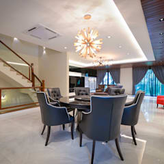 Semi-D @ Bukit Segar :  Dining room by Young Concept Design Sdn Bhd