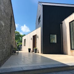 Contemporary Barn House, Derry / Londonderry:  Detached home by Marshall McCann Architects, Modern Metal
