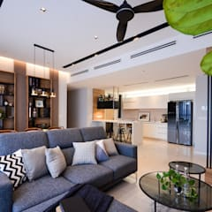 Project Icon Residenz:  Living room by The Chemistry Design Studio