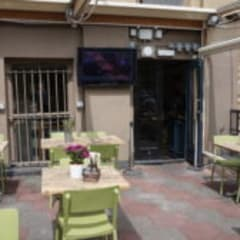 Extra Large TV Display Screens For Sports Bars, Pub Gardens & Restaurants:  Bars & clubs by Aqualite Outdoor TVs, Modern