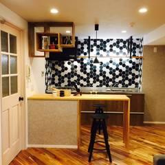 マンションリノベーション: 株式会社KIMURA  bi-Artが手掛けたキッチンです。