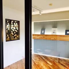 マンションリノベーション: 株式会社KIMURA  bi-Artが手掛けた寝室です。,インダストリアル