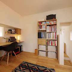 maru 北欧デザインの 書斎 の エム・アンド・オー 北欧