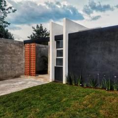 منازل صغيرة تنفيذ RIALD arquitectos