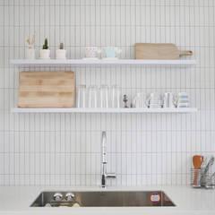 미니멀한 신혼집 아파트인테리어 : 주식회사 큰깃의  주방 설비,미니멀