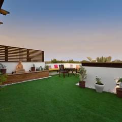 Terrace by Desigent Design Studio, Modern