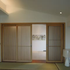 Sliding doors by houseda