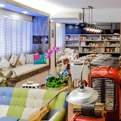 CCK Ave 3:  Living room by Ideal Design Interior,Eclectic