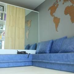 Lexington apartment: Ruang Keluarga oleh POWL Studio,