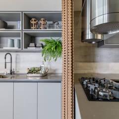 Home Decor G|L por Carolina Fagundes - Arquitetura e Interiores Moderno