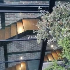 樓梯 by ARQ. FRANCISCO GODINEZ ALVA