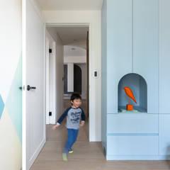 薄荷森林:  嬰兒房/兒童房 by 寓子設計