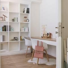 Oficinas de estilo  por 理絲室內設計有限公司 Ris Interior Design Co., Ltd.,