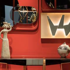Centros de exhibiciones de estilo  por Marioni srl