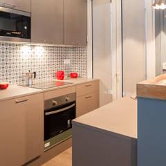 Petites cuisines de style  par ALTBATH COMPANY, SL,
